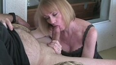 Sexy Teen Alexis Tae sucks on candy and dicks Thumb