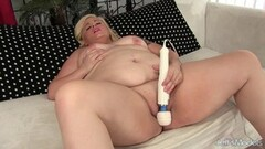 Three sexy pornstars play with each others pussyholes Thumb