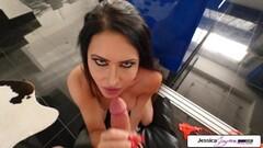 Jessica Jaymes sucking a big dick Thumb