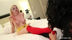 Asian college babe Yules with sexy voice fucks pussy Thumb