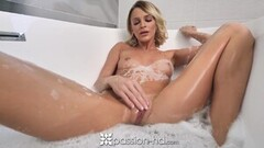 PASSION-HD Passionate Leaking Creampie Session Thumb