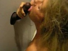 amateur gloryhole wife Thumb