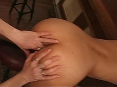 Two sexy ladies swap cum with each other(clip) Thumb