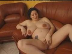 Susi Quatroux big Tits Prego pregnant preg prego preggo Thumb