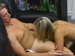 Fit blonde girlfriend sucks then fucks her boyfriend Thumb