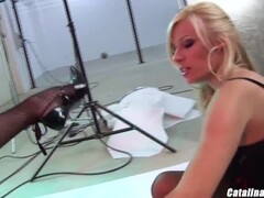 Cindy Behr rimjob fetish with lesbian friend Michelle Thorne Thumb